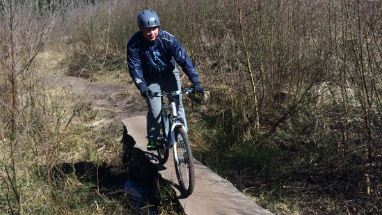 Mountainbike i naturen
